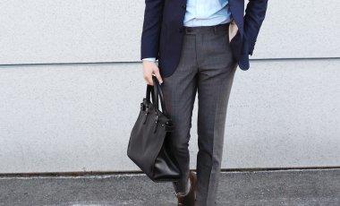 クールビズでの半袖とYシャツとネクタイとジャケット