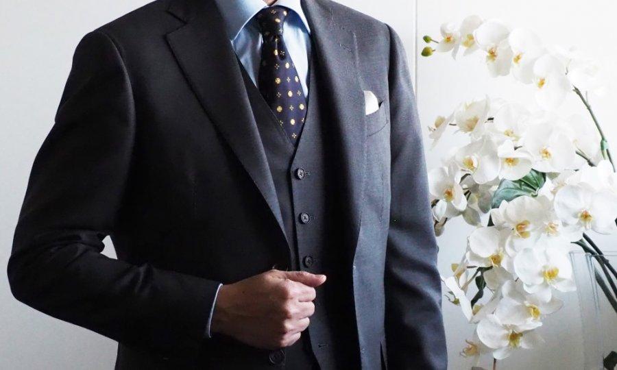 40代スーツの(色柄の)曲がり角