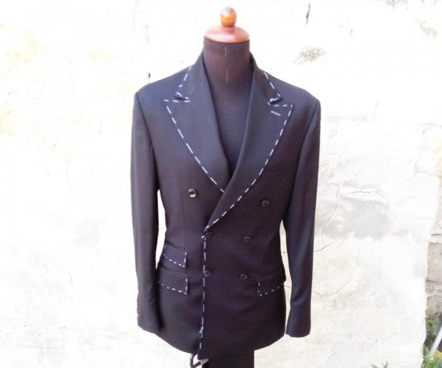 縫製ブランドJovanny Capri (ジョバンニ カプリ)さんと打ち合わせです。