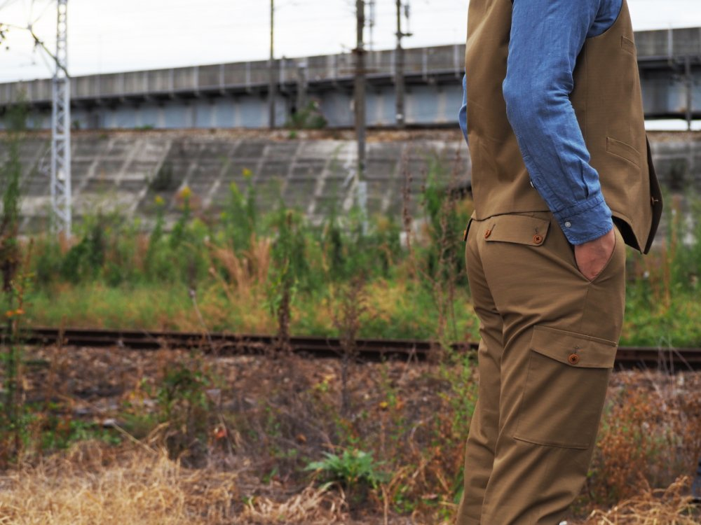 Cargo pants  (6pocket)