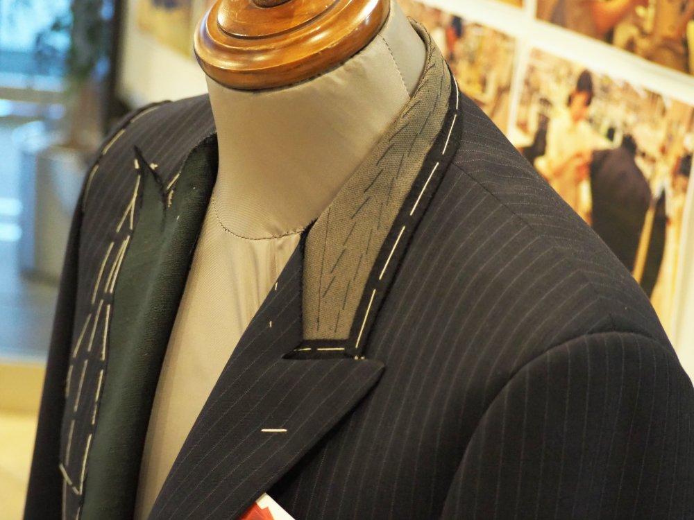 スタンダードスーツは49,000円からご用意してます。