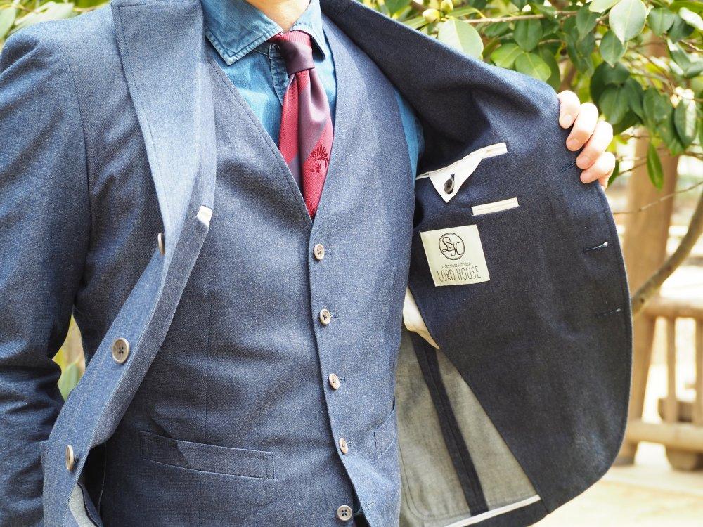 結婚式参列スーツをお探しの方はコチラもご覧下さい。