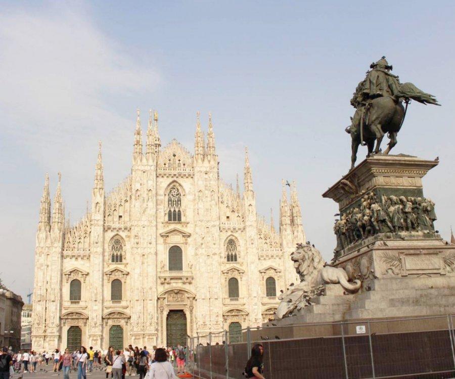 イタリア5日目(最終日)はミラノ市場調査 Duomo di Milano