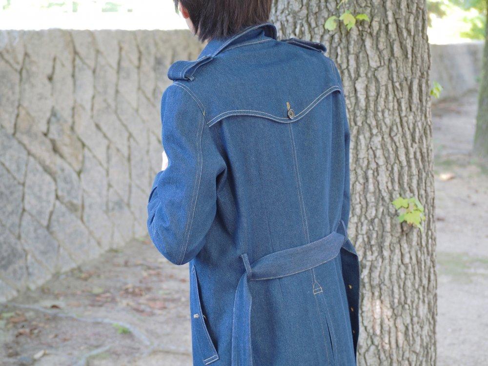 詳しくコートをご覧になりたい方はこちらもご覧ください。