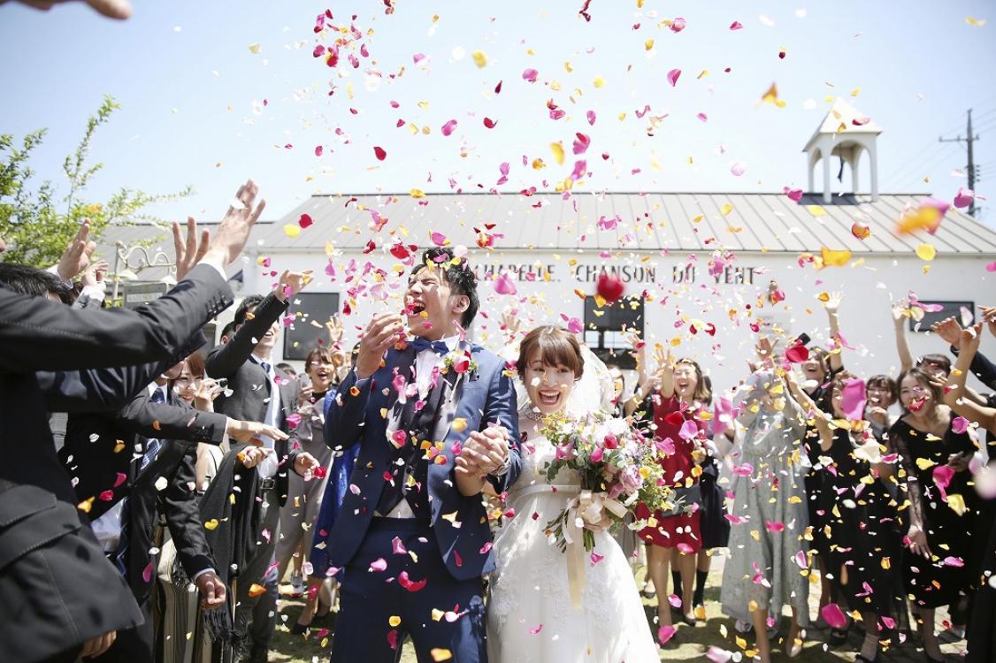 結婚式は気持ちの橋渡しの場。