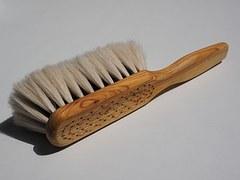 brush-505379__180